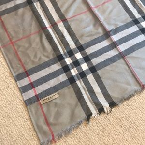 Large Burberry Silk and Cashmere Scarf